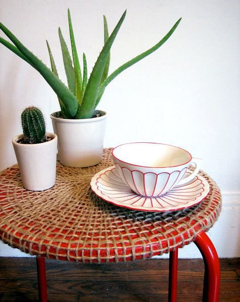 manualidad te mostraremos como decorar una simple mesa con yute de