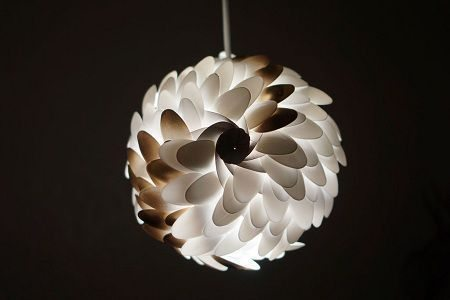 como hacer una lampara con materiales reciclables