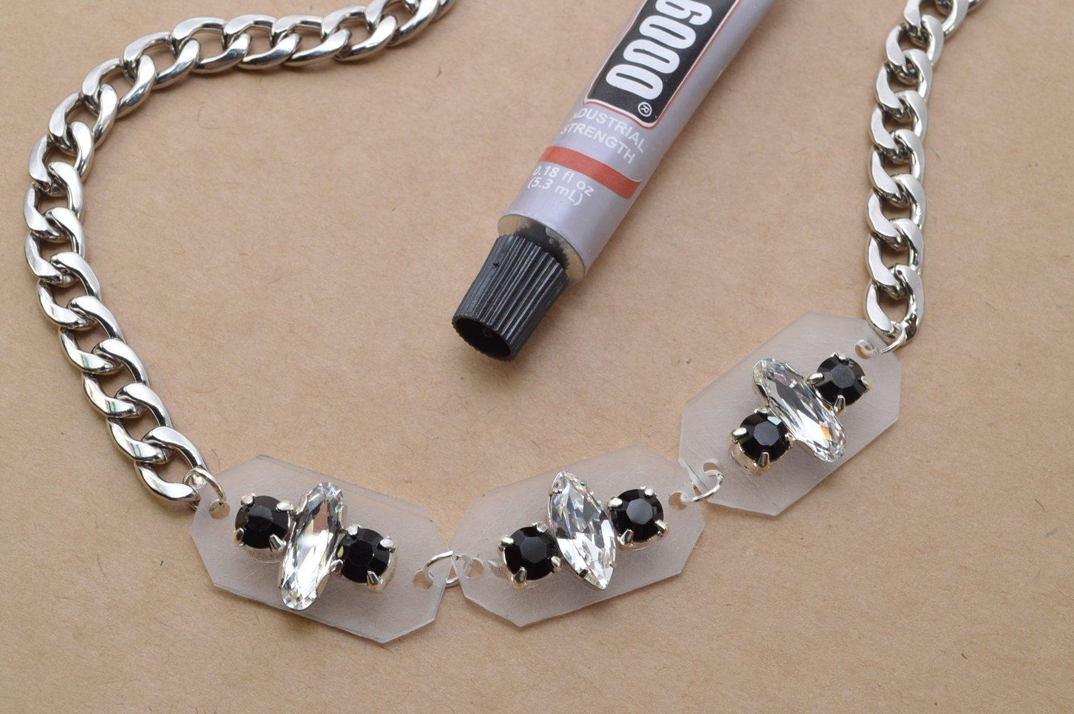 1a53fd032681 Como hacer un collar con piedritas