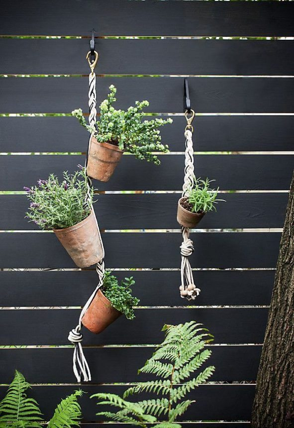 Como hacer un jardin vertical todo manualidades for Como se hace un jardin vertical