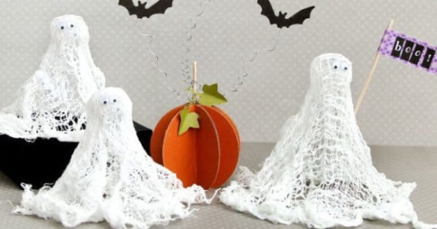 Fantasmas de gasa para decorar en Halloween