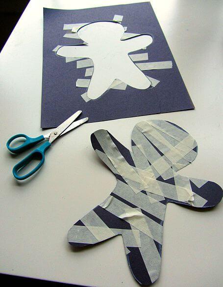 momias de carton super faciles para hacer con los ninos en halloween